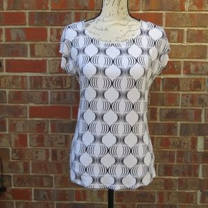 Talbots Ivory and Black Cap Sleeve Top